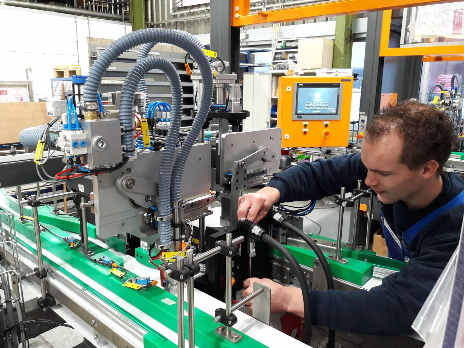 Opbouwen van een laserlasmachine